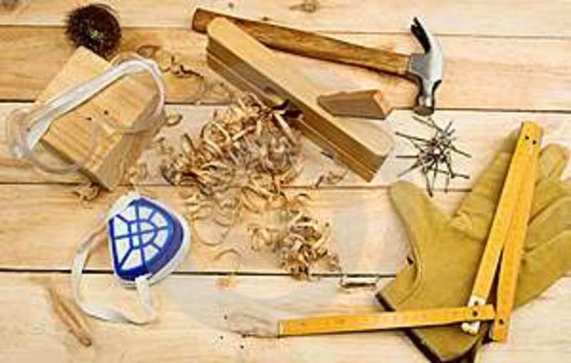 Large vg1 carpenter s tool thumb10484122